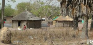 02. Codzienne życie w wiosce w Sudanie Południowym.2