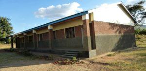 04. Budynek szkoły czekający na wyposażenie