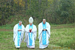 08. Przed rozpoczęciem uroczystości poświęcenia kapliczki