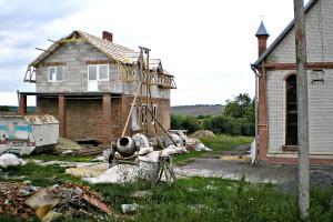 Budowa domu katechetycznego w parafii Maćkowce10
