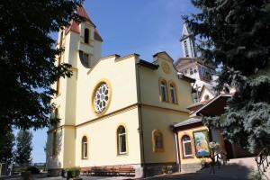 Kościół parafialny z nową wieżą